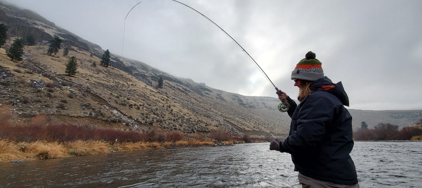 natasha woman fly fishing winter yakima