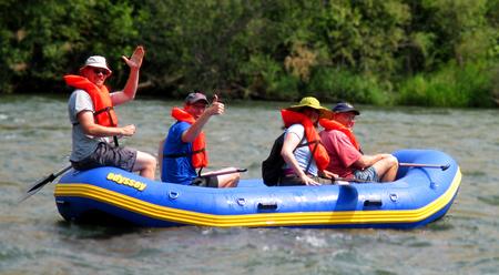 скачать игру на русском Raft - фото 10